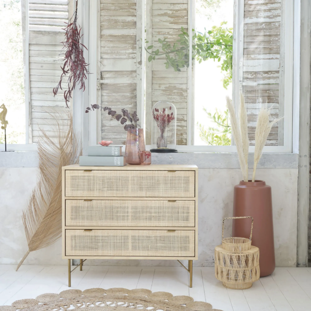 Epingle Par Marie Sophie Assumani Sur Wishlist Meubles Shabby Chic Mobilier De Salon Commode 3 Tiroirs