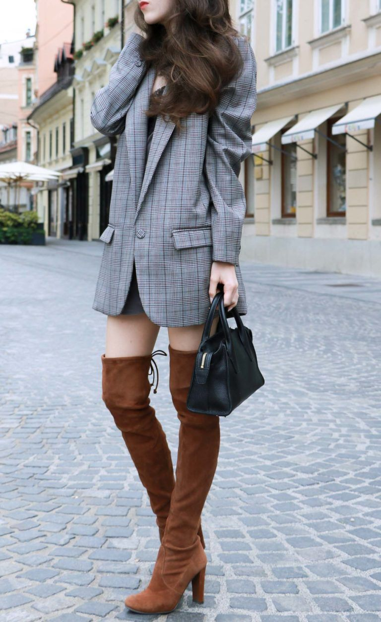 d2fb8fc98e3 Fashion Blogger Veronika Lipar of Brunette from Wall on how to wear brown  Stuart Weitzman over the knee boots this fall
