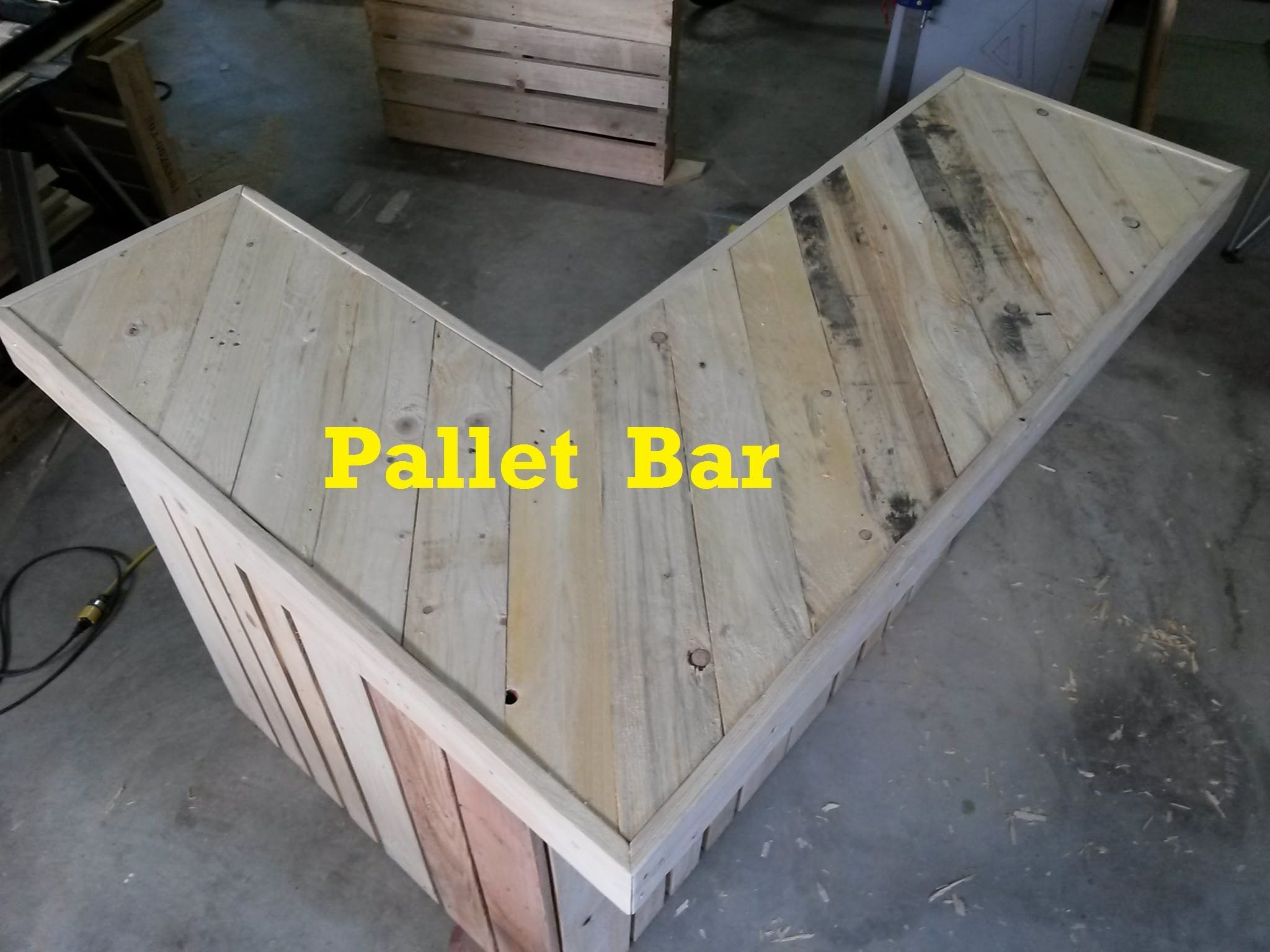 30 Best Picket Pallet Bar DIY Ideas for Your Home | White cafe ...
