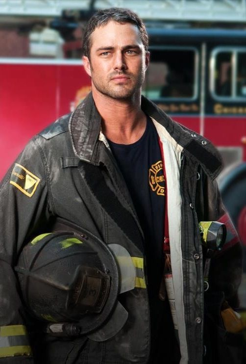 Taylor Kinney As Kelly Severide On Nbc S Chicago Fire Stunningly