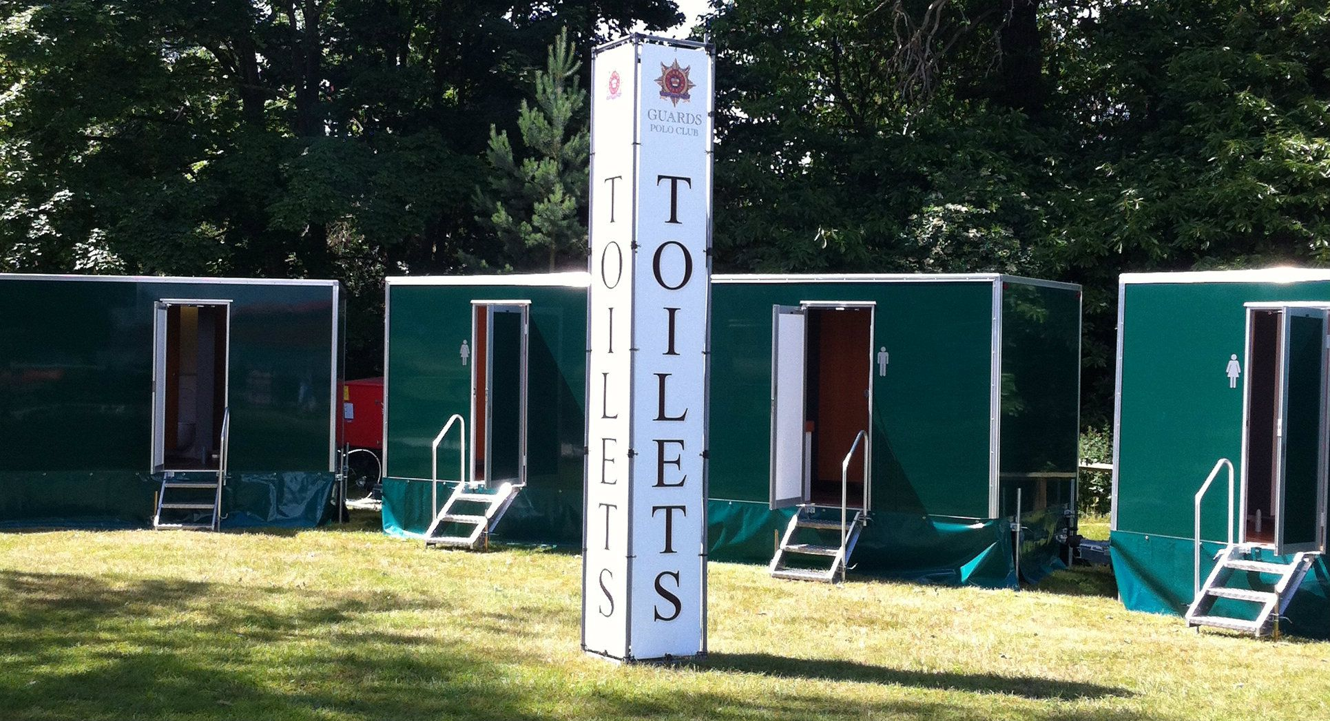 Luxury Portable Toilet Hire For Rent, Temporary, Private Toilets Loo Hire