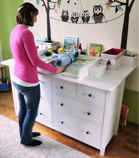 wickelaufsatz eigenbau f r hemnes kommoden kr mmelchen pinterest kinderzimmer baby und. Black Bedroom Furniture Sets. Home Design Ideas