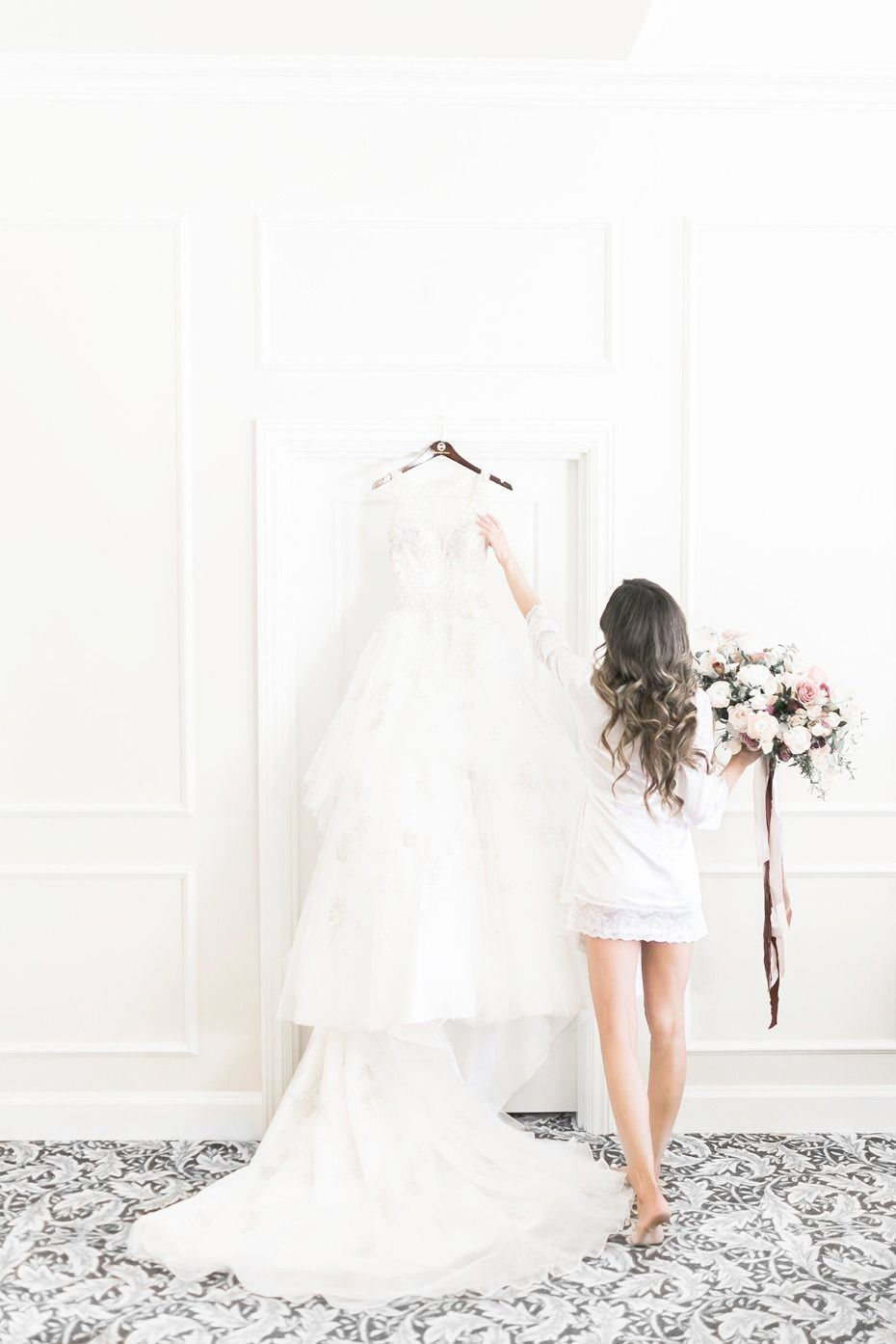Halo By Chic Nostalgia Will Be Coming Soon To Sincerely The Bride Located In Vancouver Wash Wedding Dresses Romantic Wedding Dresses Wedding Gown Inspiration [ 1600 x 1066 Pixel ]