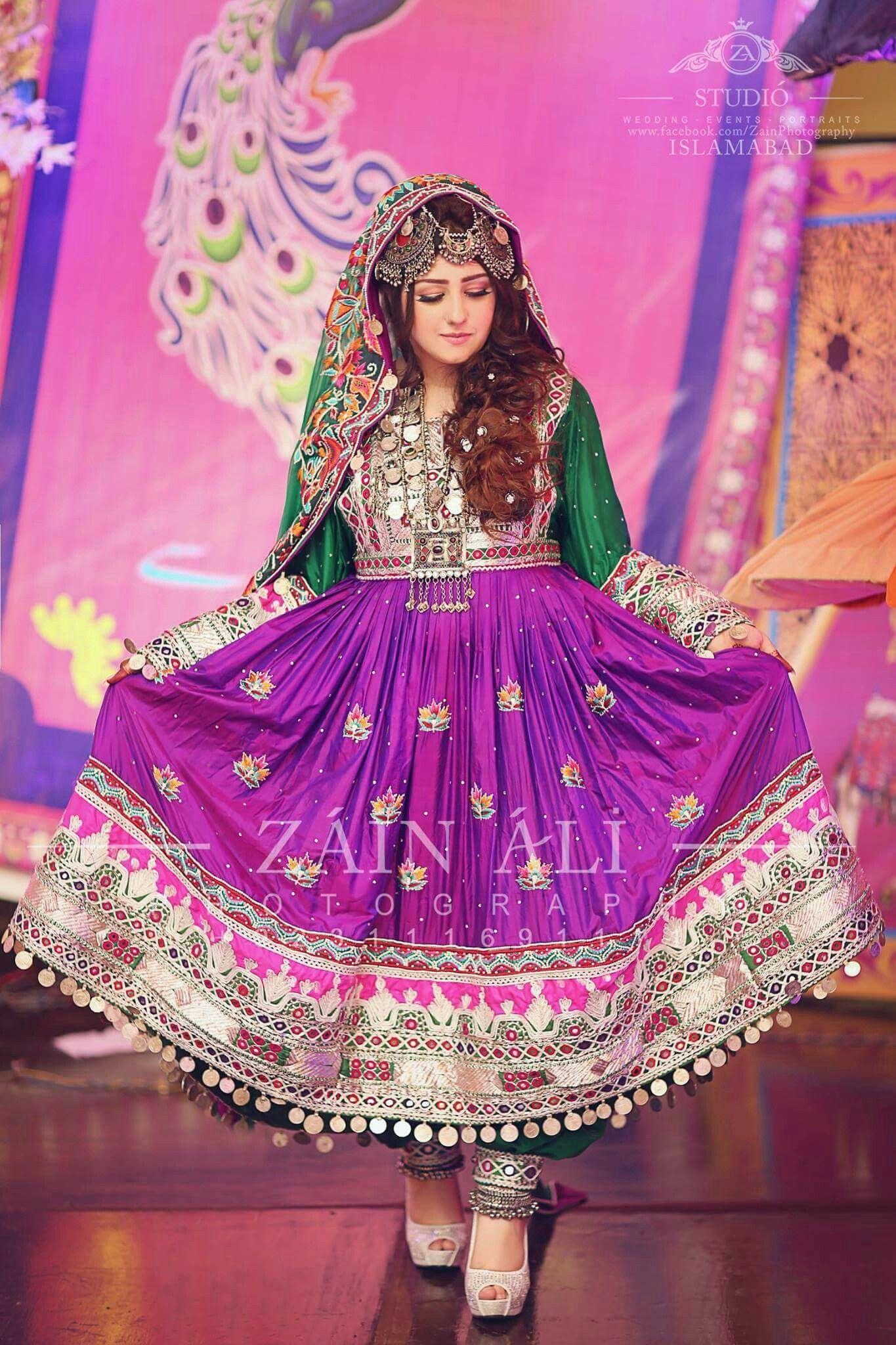 Pin de Watan Mosafer en Afghan clothes | Pinterest