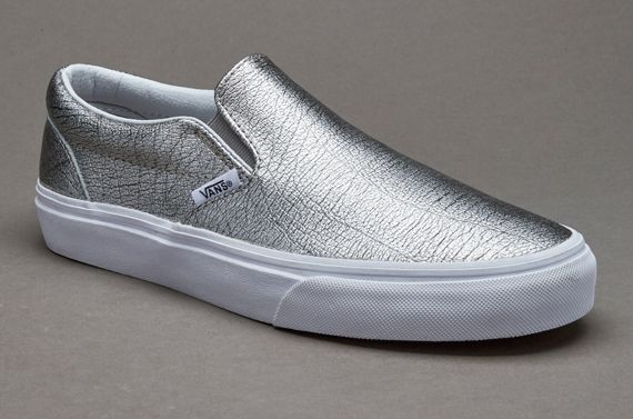 e084d171c4 Silver flats from Vans seem to be a must have for comfort lovers ...