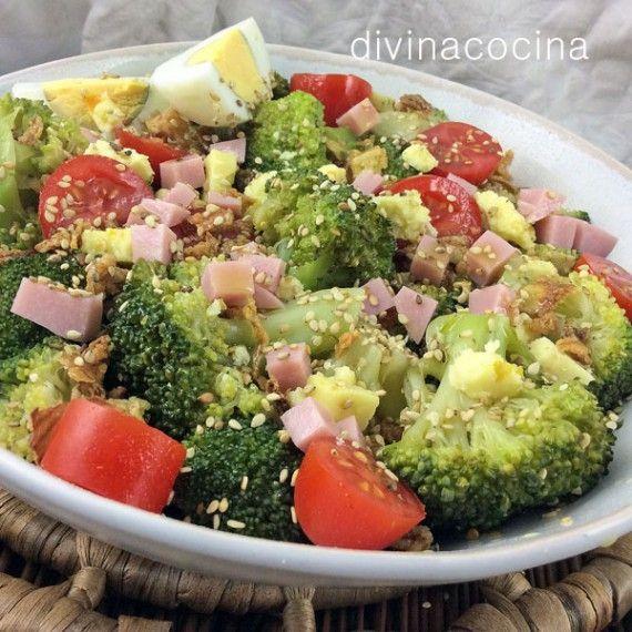 14 Ensaladas Ligeras Para Cenar La Lista De Mi Suegra Ensalada De Brócoli Ensaladas Con Brocoli Recetas Saludables