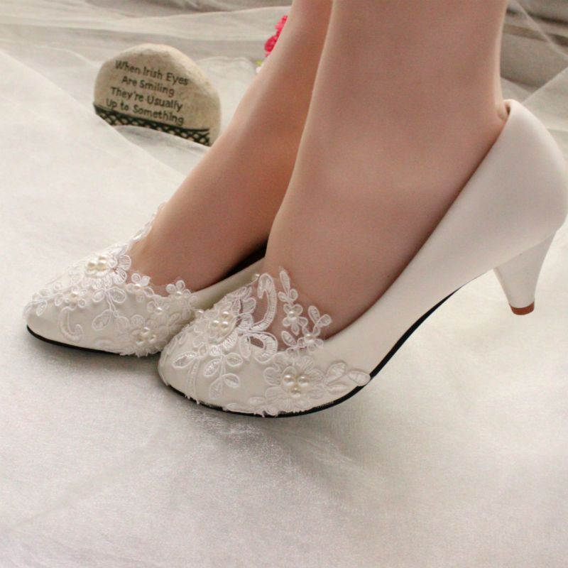 Women s Lace Wedding Shoes Pearls Bridal Shoes High Low Heels Flat Shoes  Pump caf499737442