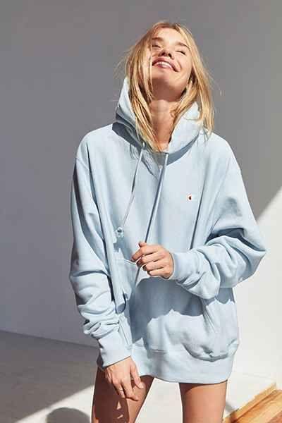 809be414646 Champion + UO Reverse Weave Hoodie Sweatshirt - Urban Outfitters