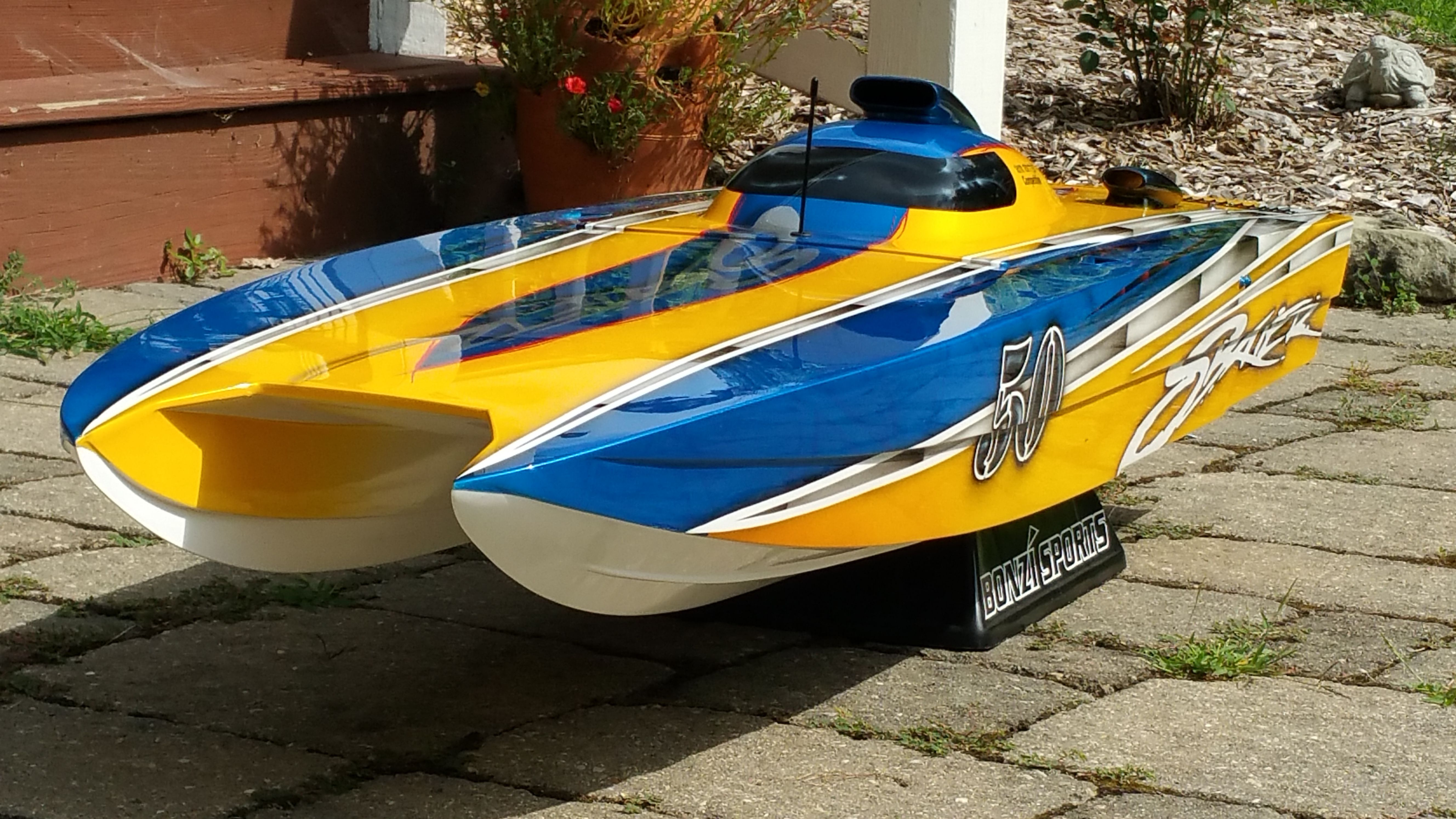 Pin by Norseman72 on RC Boats & Trucks | Gas rc boats, Wooden boat