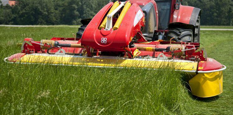 Pottinger Novacat 301 Aplha Motion Ed Frontscheibenmahwerk Mit Bildern Bewegung Agrar Landwirtschaft