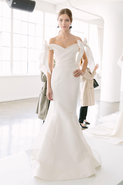 e67cd5e8 Marchesa Bridal Spring 2018 Fashion Show   Wedding dresses ...