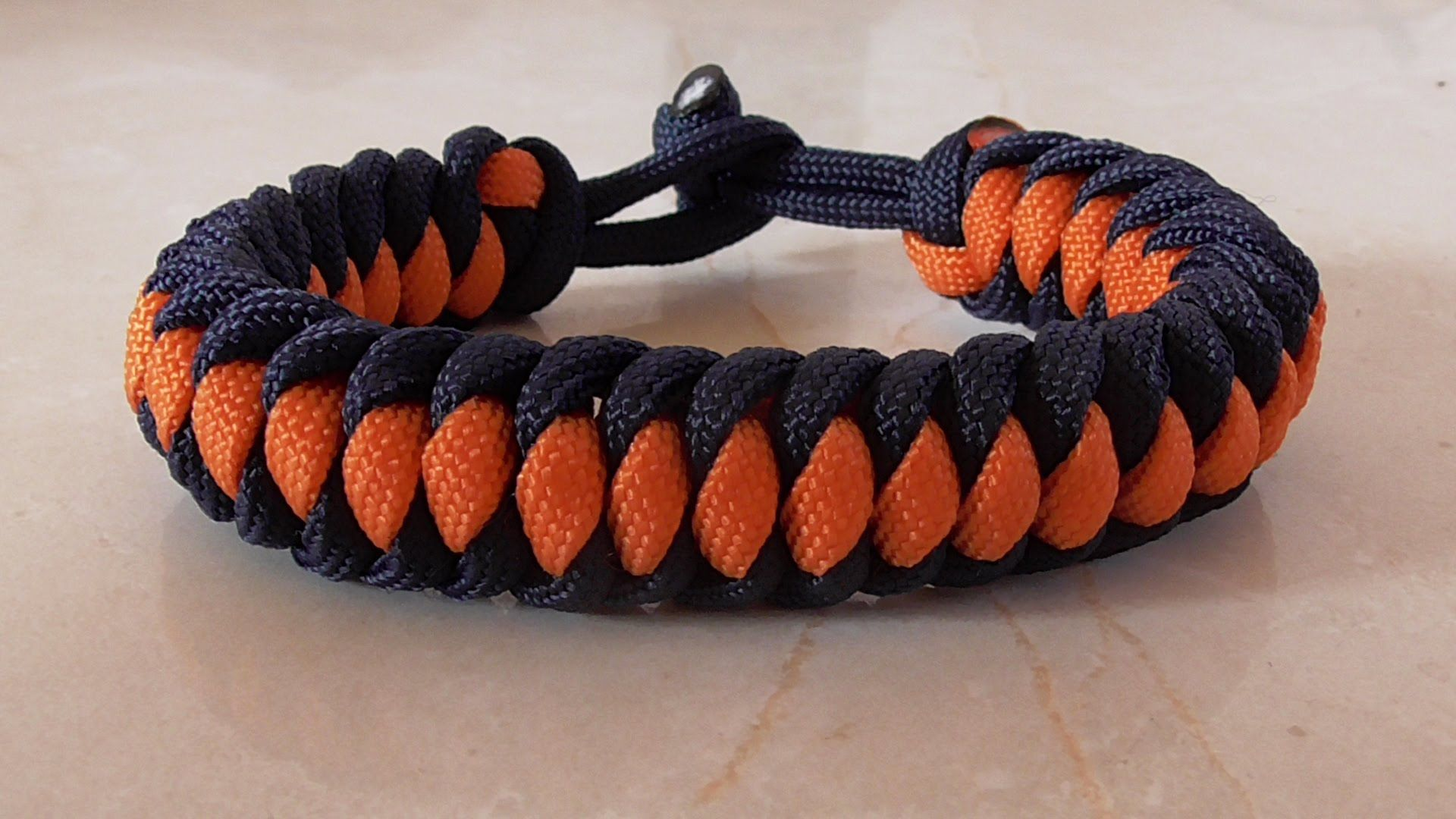 How to tie a west country whipping paracord survival bracelet all