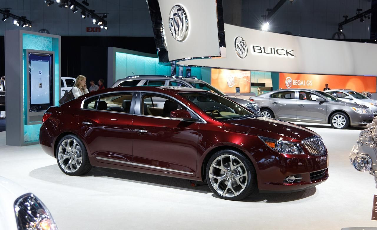 2016 buick lacrosse is the featured model the 2016 buick lacrosse spy shots image is added in car pictures category by the author on apr