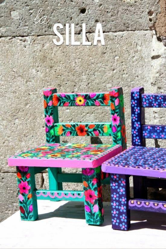 Energy Des Meubles Colores Meubles Mexicains Chaises Peintes A La Main