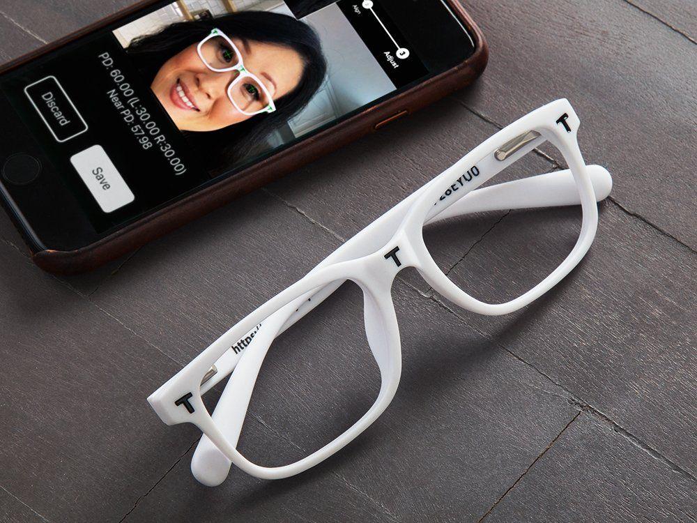 EyeQue PDCheck™ Pupillary Distance Tool Measurement