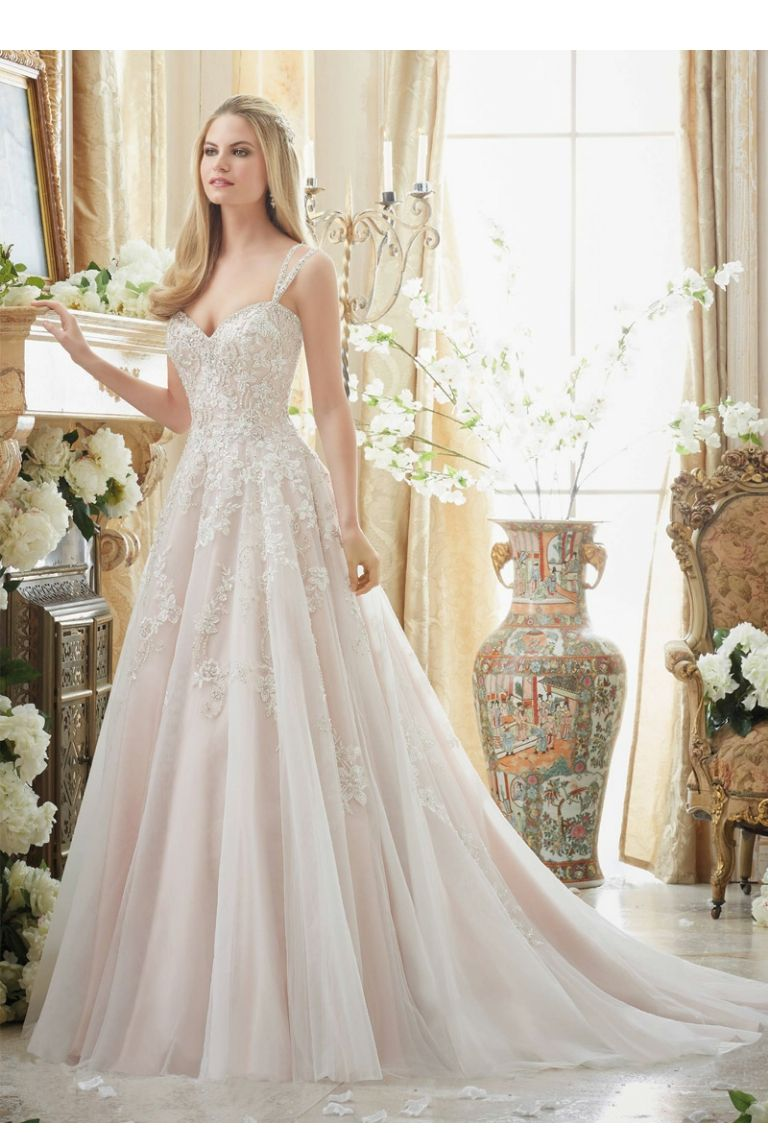 Wedding dress patterns with sleeves  beautiful lady