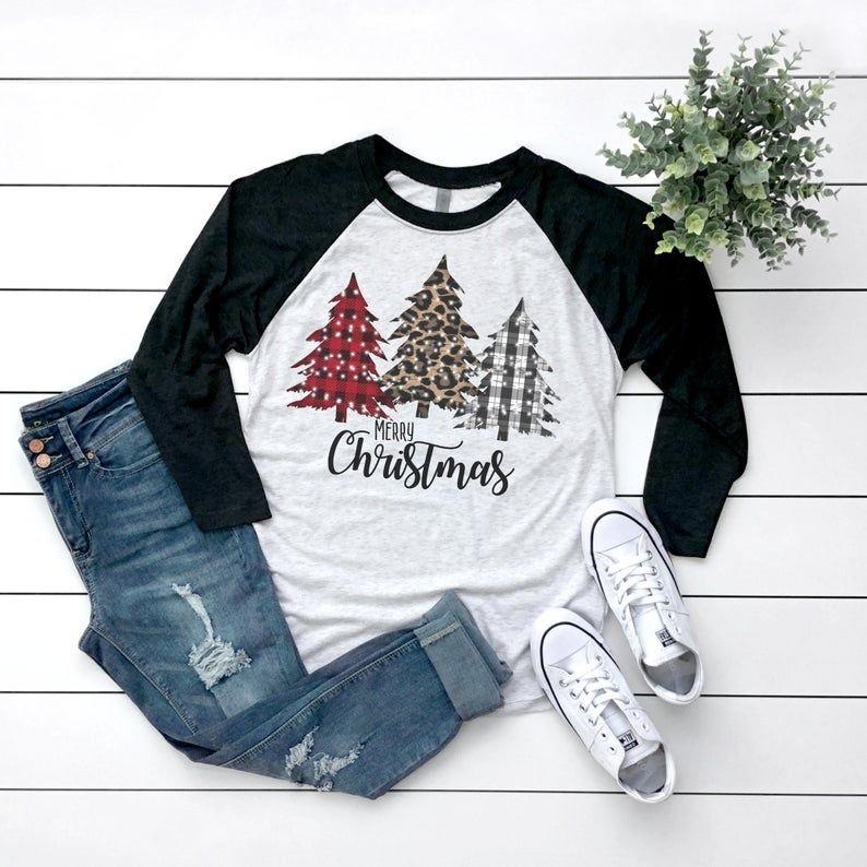 Frohe Weihnachten Raglan / / Weihnachten Graphic Tee / / Weihnachten | Etsy   – Gifts