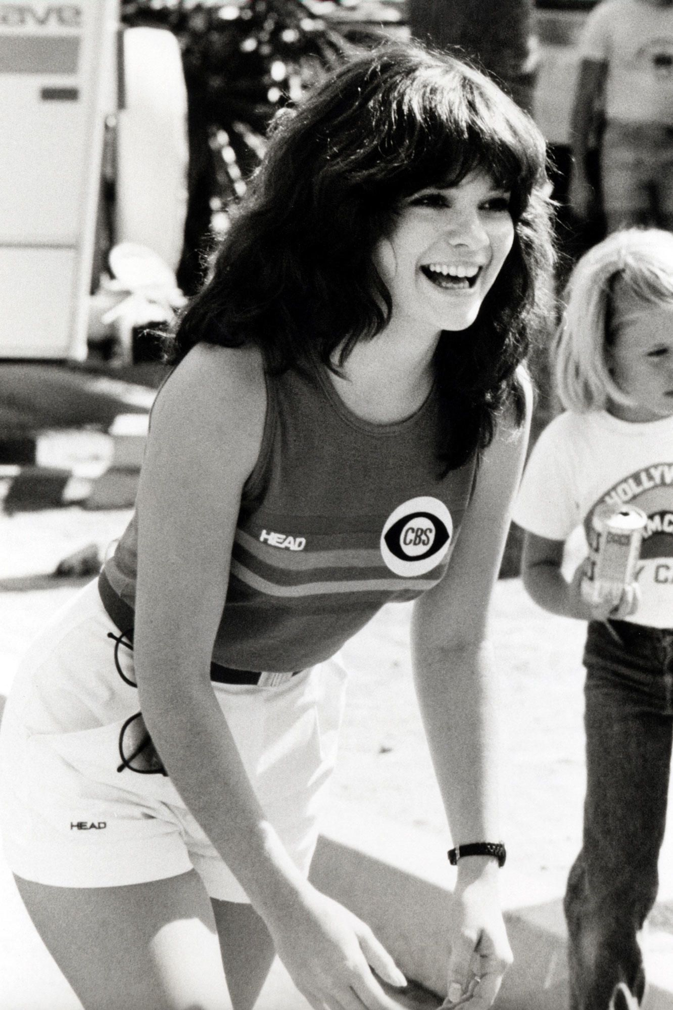 Valerie Bertinelli Battle Of The Network Stars 1979 Imgur Valerie Bertinelli Groovy History Famous Faces