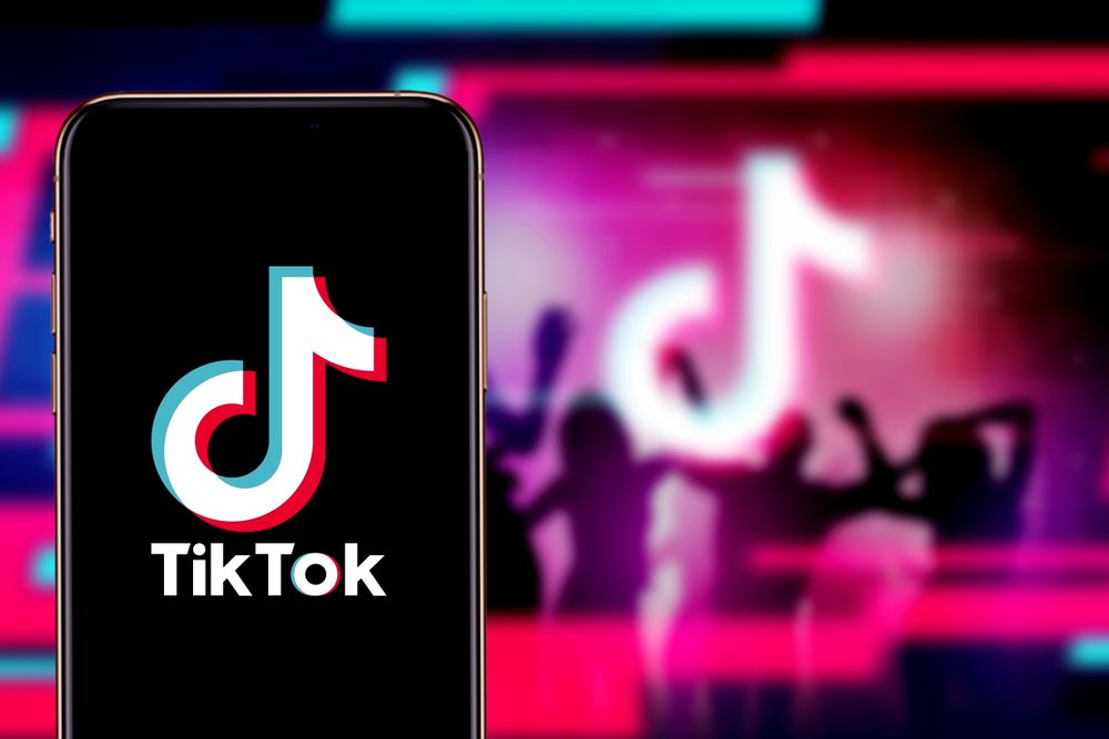 Blog Tiktok Set To Deliver First Presentation To Newfronts Advertisers Talking Influence Social Media Apps Chinese Social Media Social Media