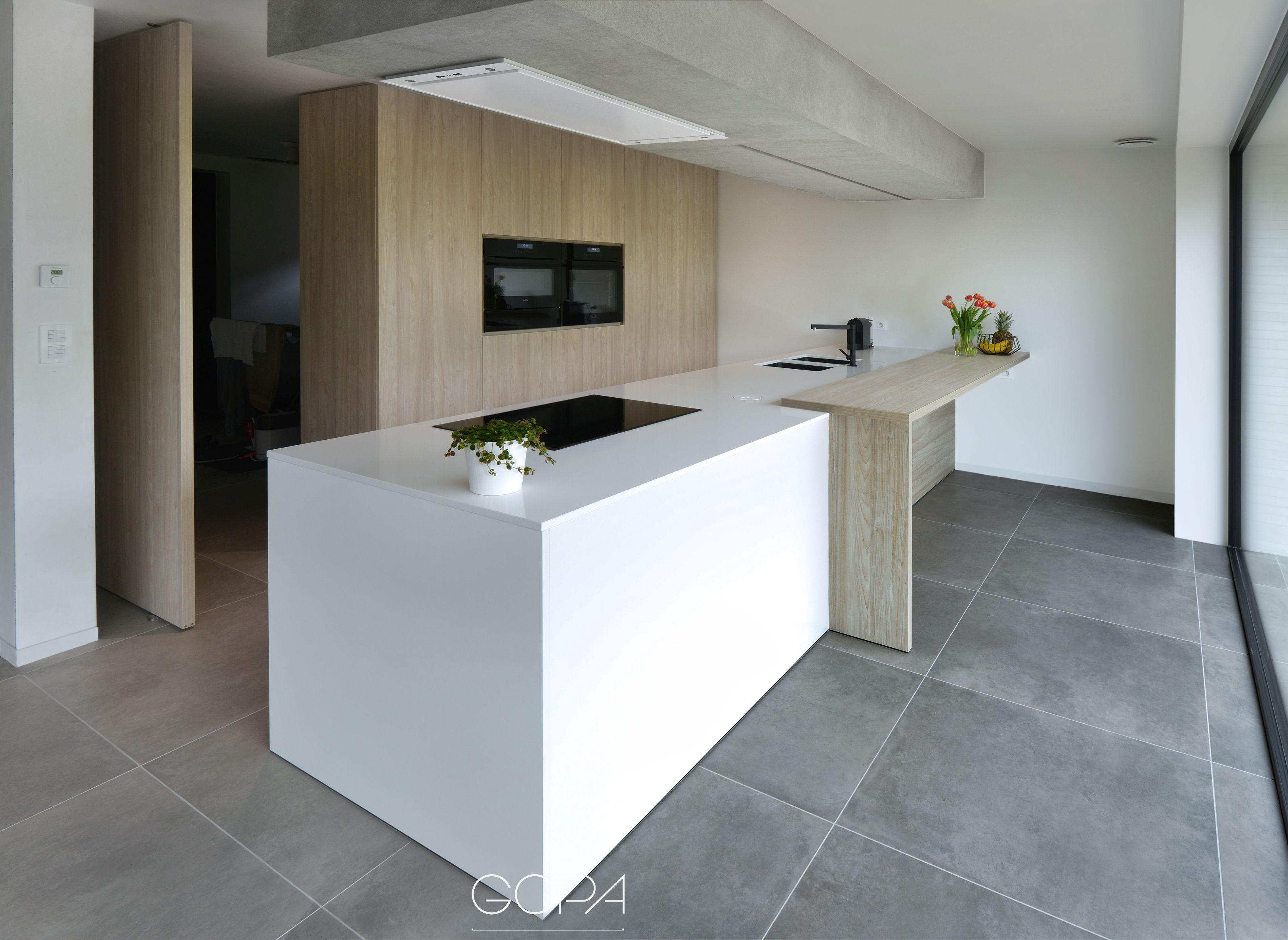 Kleine geintegreerde keukens: vind jij de koelkast in deze keukens