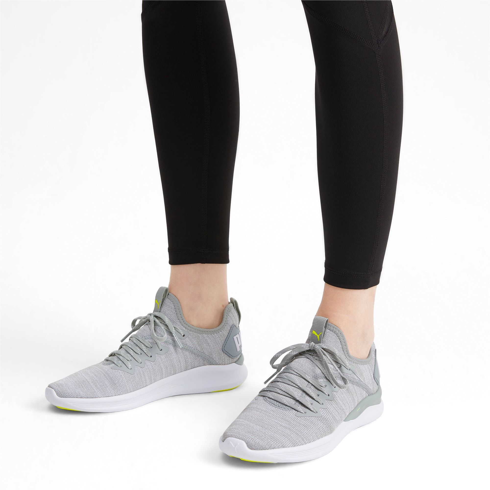 PUMA Ignite Flash EvoKnit Women's Running Shoes in Quarry