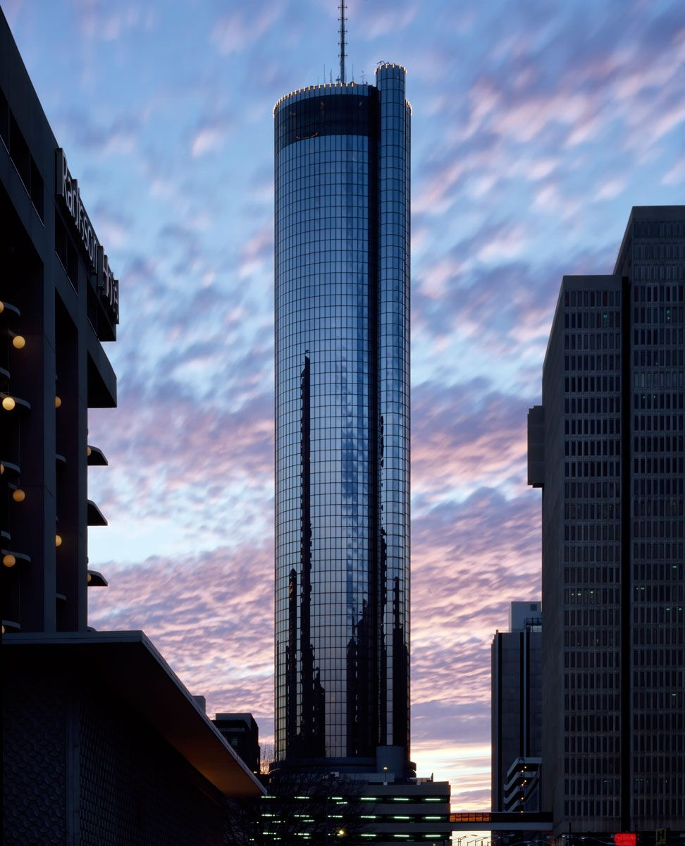 Peachtree plaza hotel 2018 world 39 s best hotels for The peachtree