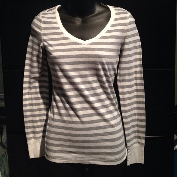 Striped V-neck Very cute and comfy SO Tops