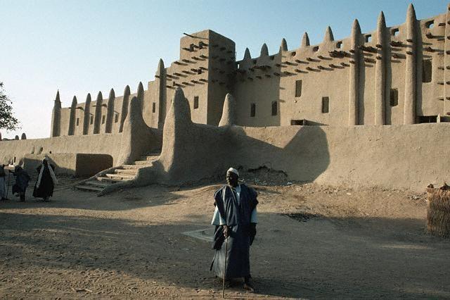 Mali adobe mosque Butabu  funci.org
