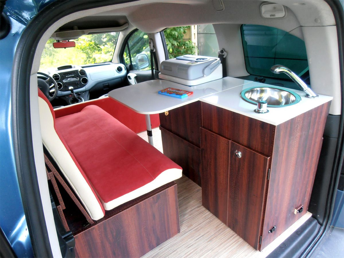 volles womo feeling auf unter 4 4m au enl nge vans camper camper ideen und wohnmobil. Black Bedroom Furniture Sets. Home Design Ideas