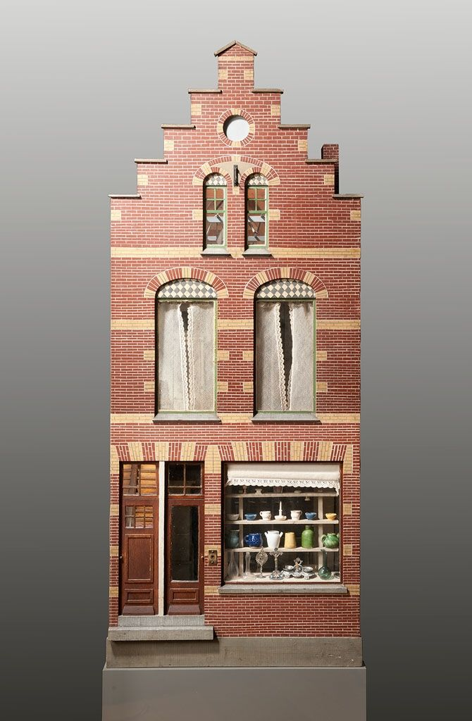 A dollshouse made for an unknown girl in Amsterdam | Amsterdam Museum | CC BY
