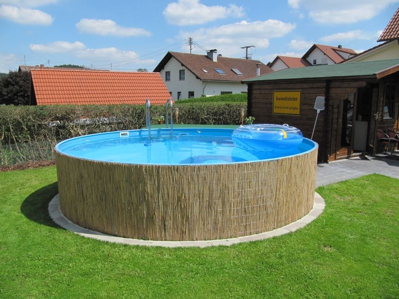 30' x 15' Aluminium above ground pool with decking