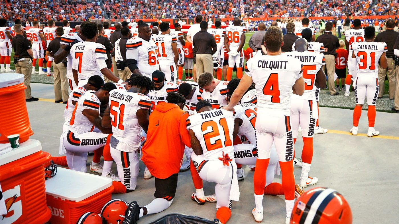 Why Cleveland Browns National Anthem Protests Are So Powerful Nfl Players Kneeling Kneeling During National Anthem Browns Players
