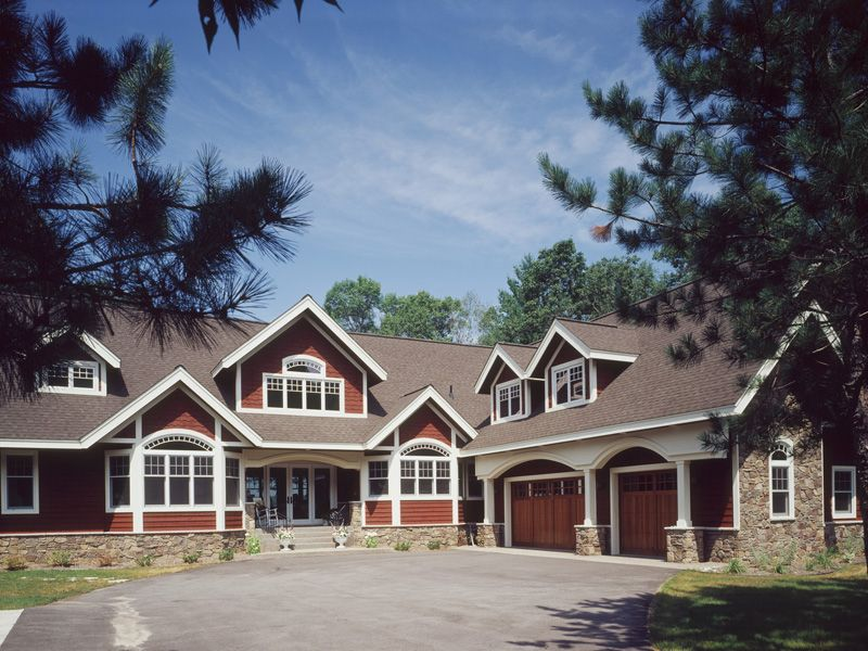 Brady Circle Luxury Home Craftsman House Plans Craftsman House Cottage Style House Plans