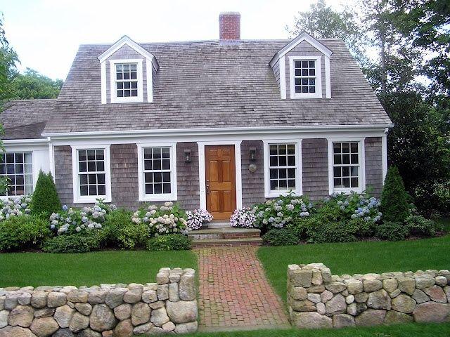 Good Cape Cod Exterior Ideas Part - 3: Cape Cod House With Best Flower Design