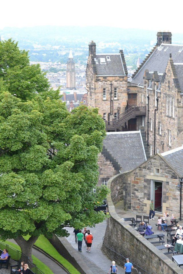 Edimburgo, histórica ciudad donde parecen no pasar los años.