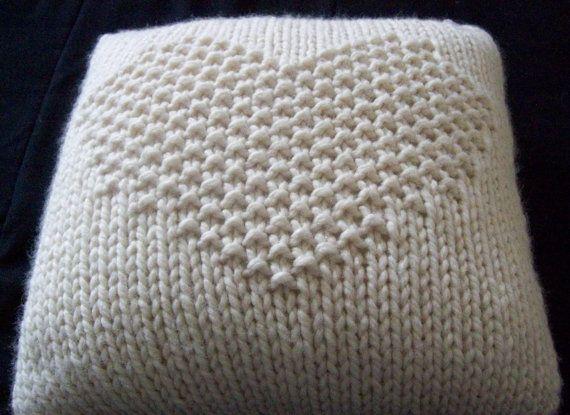 Housse de coussin tricoté avec motif coeur jersey point de riz