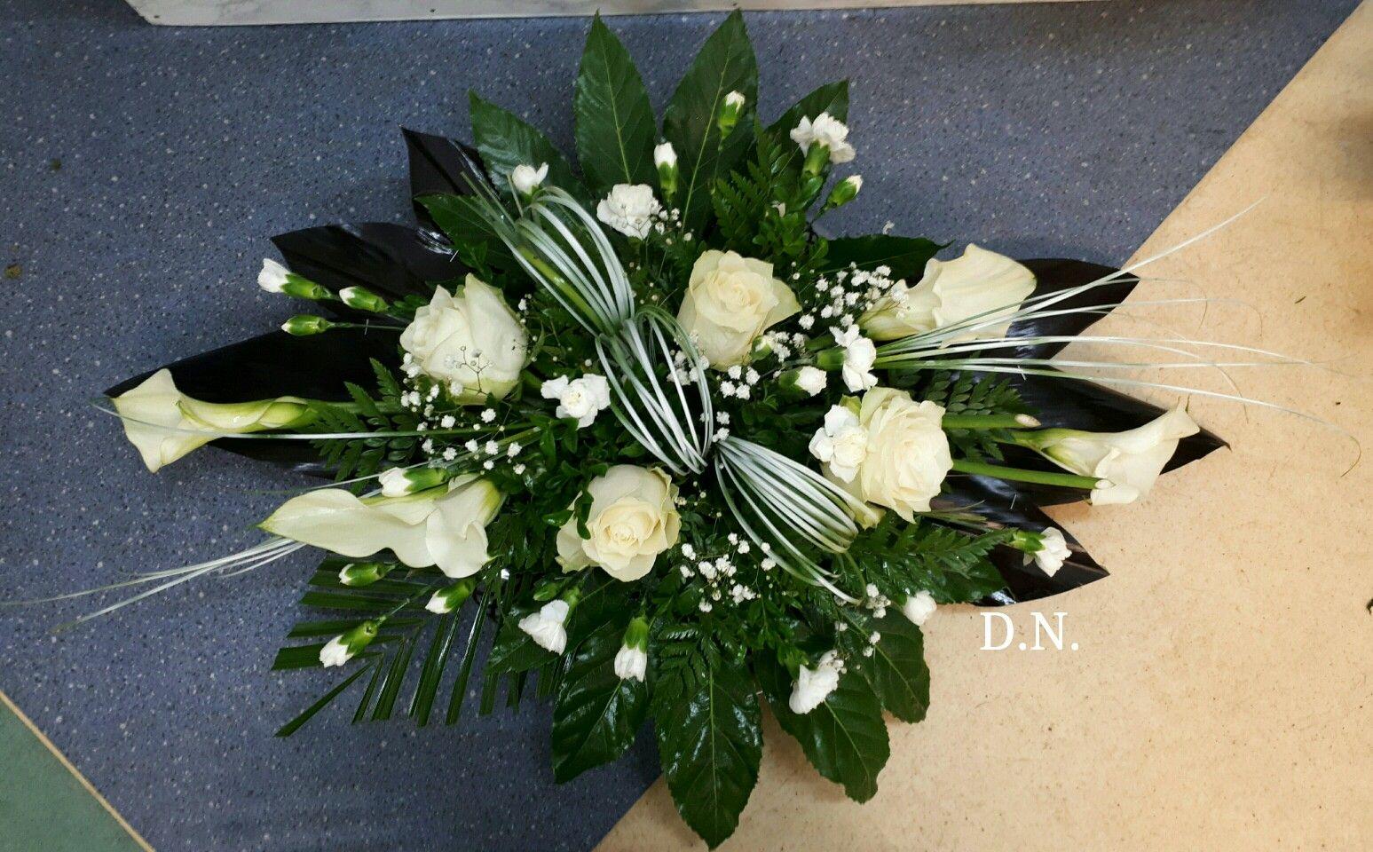 White Flower Flower Arrangements Floral Arrangements Diy Sympathy Flowers
