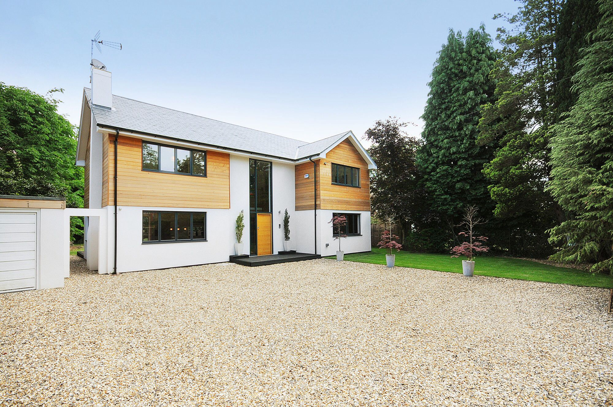 Bungalow to house conversion in Fleet, Hampshire   Home improvement ...