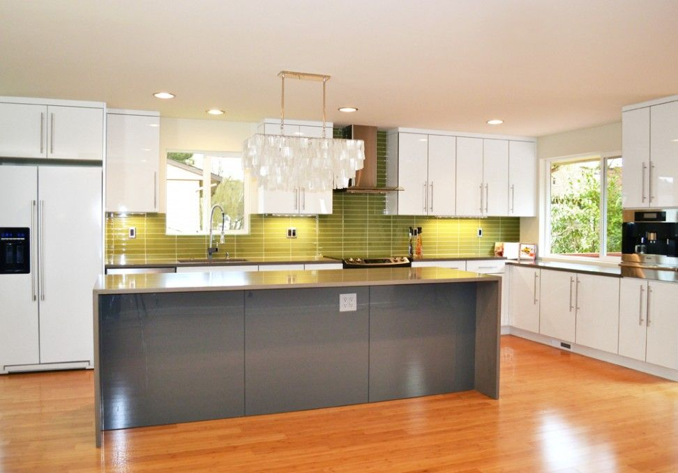 Thermofoil lustro gloss acrylic white 1900 series for Thermofoil cabinets