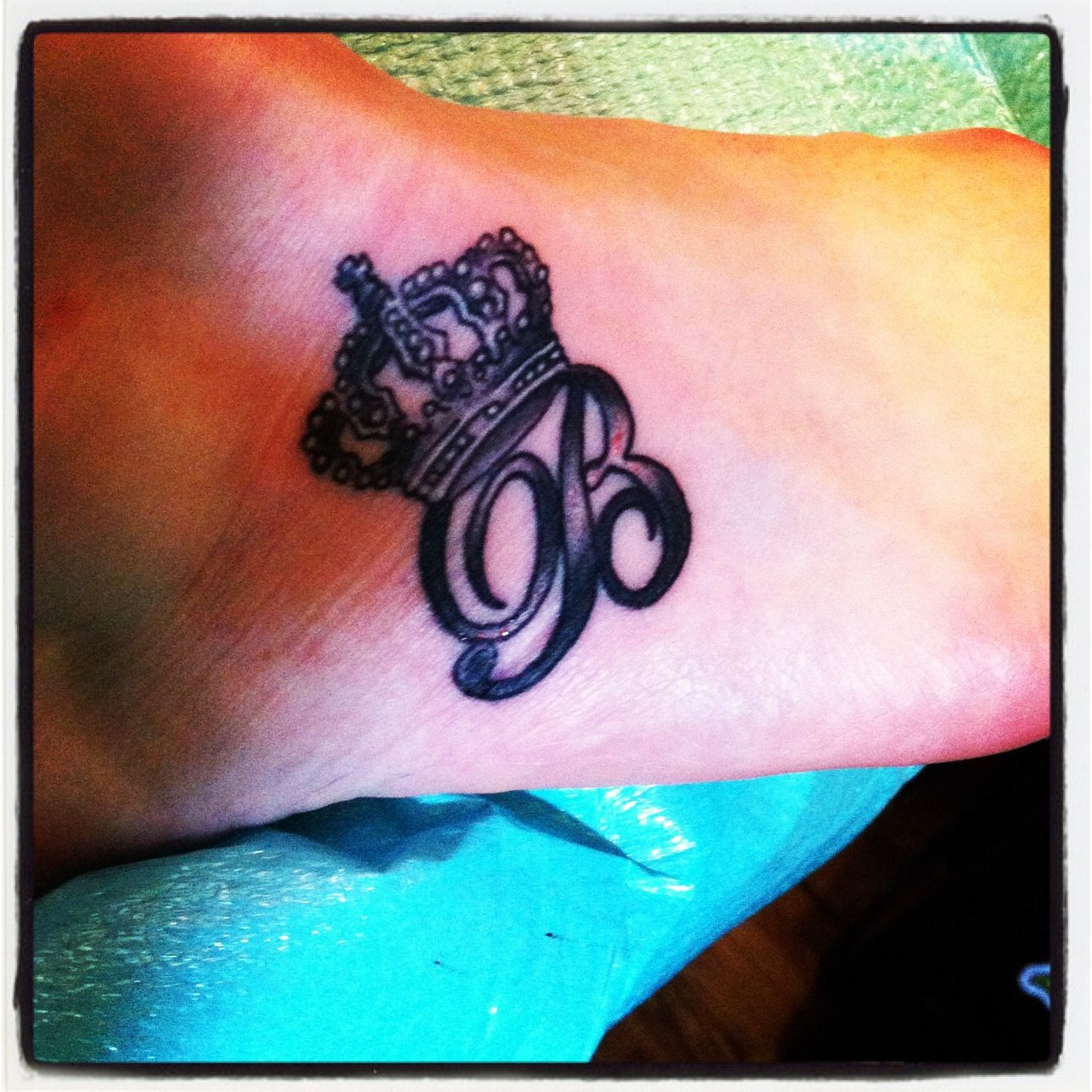 """B Tattoo Images: Queen """"B"""" Tattoo But With A Better Crown"""