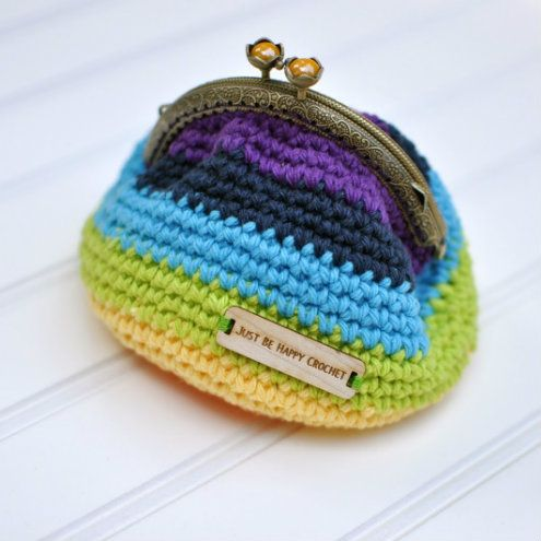 Crochet clasp clutch, free pattern (photo by Just be Happy Life ...