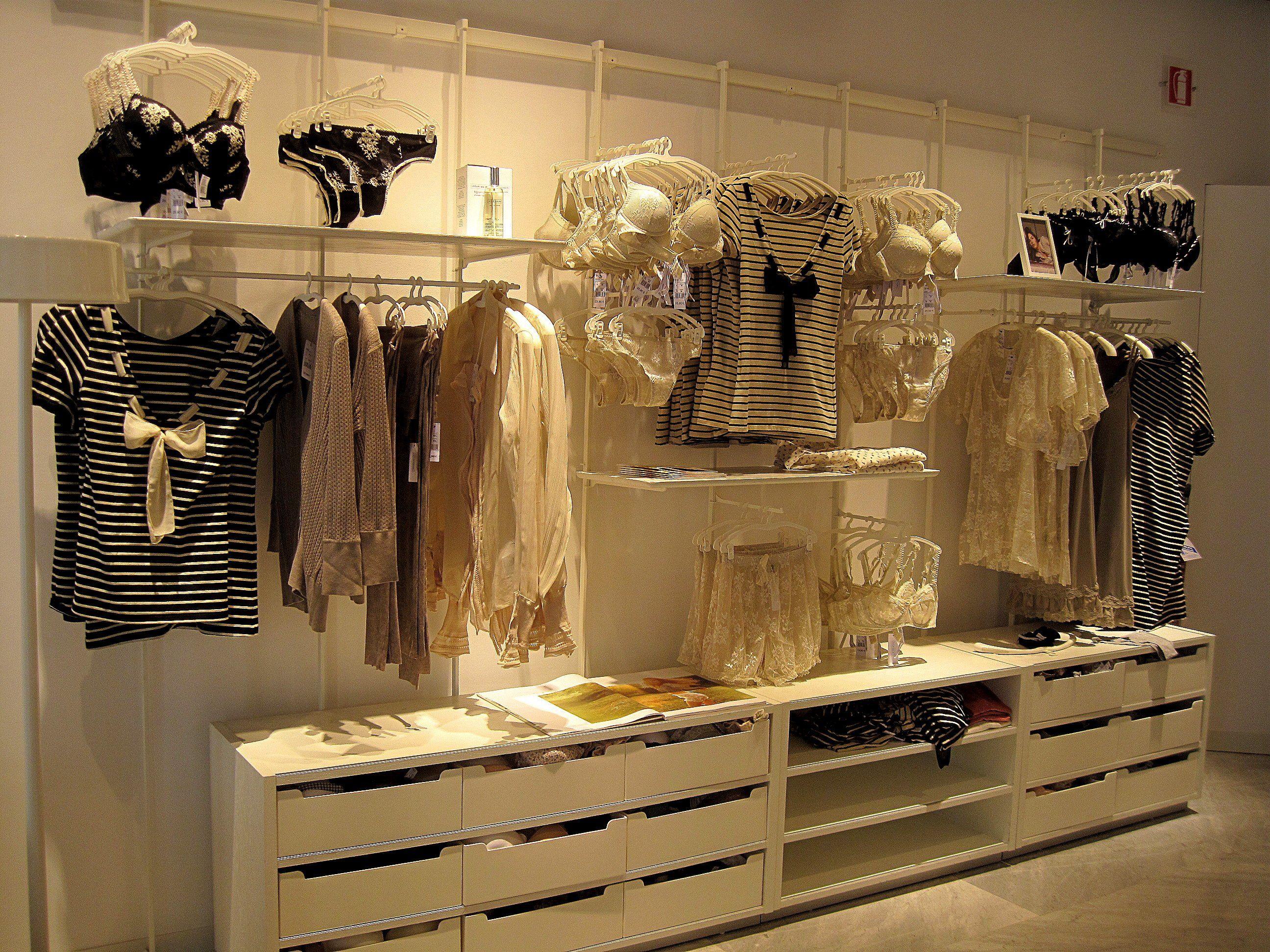 Intimissimi Store - Google Retail Design Lingerie Underwear