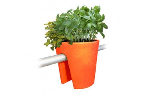 Pot A Fleurs De Balcon Orange De Michael Hilgers Pour Myfab Com