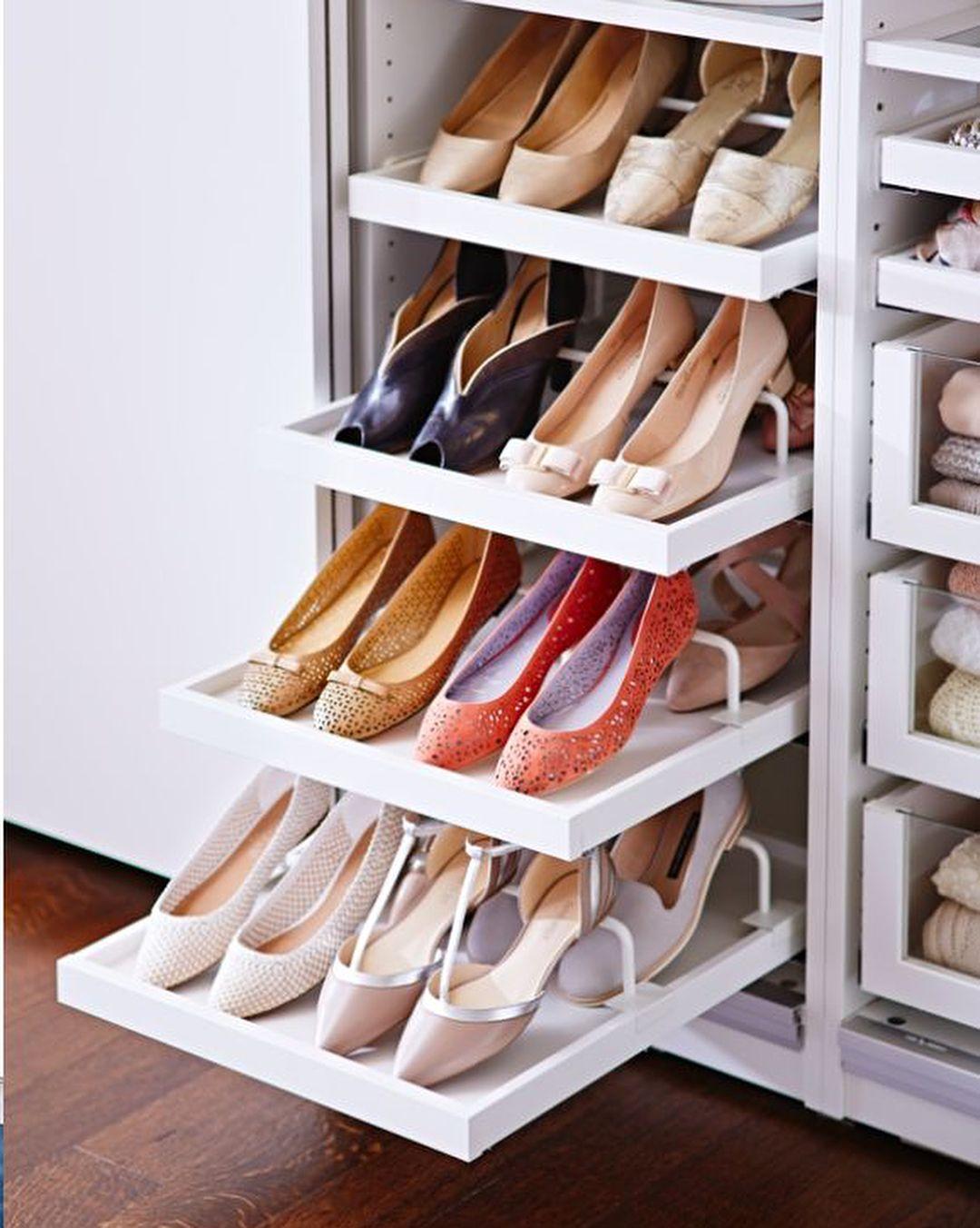 ff775fb8cf3b Лучший Прихожая с Полками для обуви и одежды Своими руками  125+ Фото  вариантов (с сиденьем, с вешалкой, с банкеткой и не только)