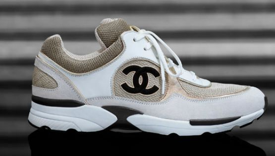 ea2aae82c2a Sneakers Chanel - WANT !