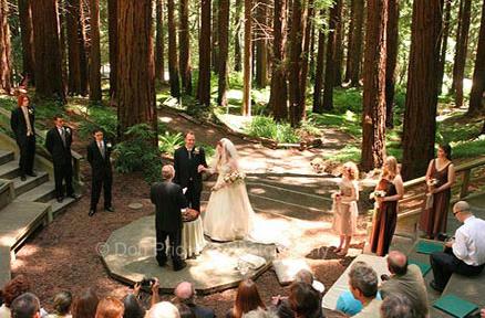 UC Berkeley Botanical Garden Wedding Photo