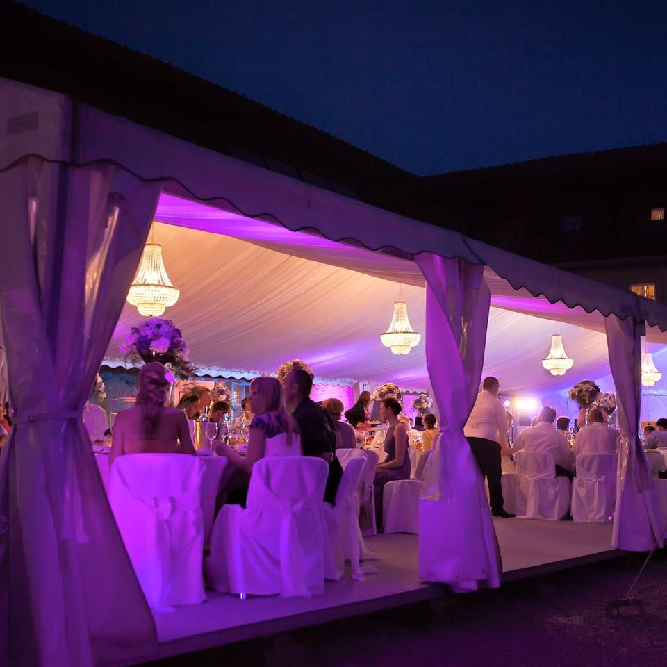 Real crystal chandeliers for a wedding party decorate your marquee real crystal chandeliers for a wedding party decorate your marquee with these brilliant lamps aloadofball Images