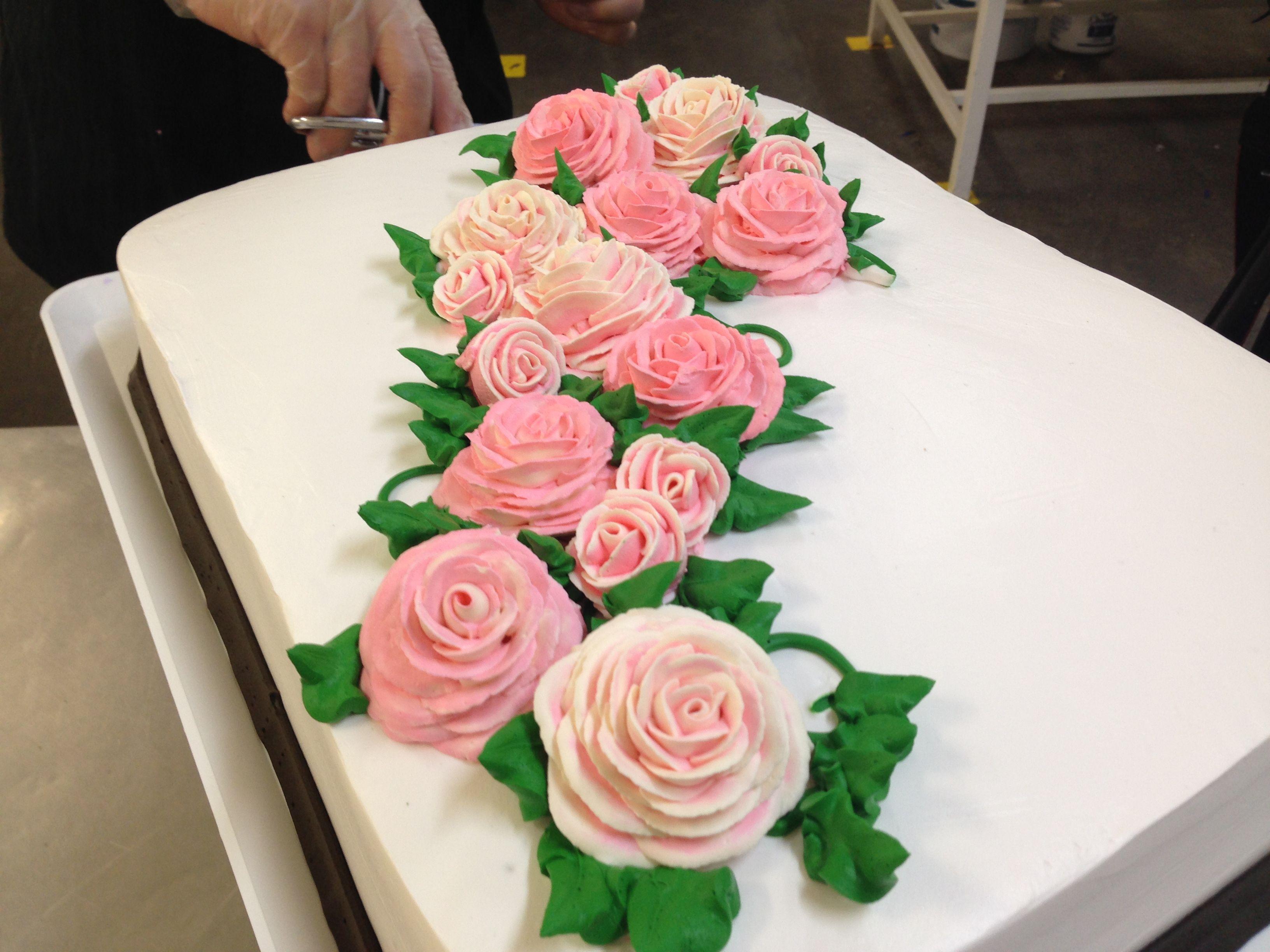 Pastel Especial Tres Leches Decoracin Con Rosas De Crema