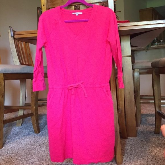 Gap Pink Sweat Dress with Pockets This dress ties at the waist and has pockets. It's a v neck and has 3/4 sleeves. I love it but it's too big for me. Could fit medium as well. It's a big small. GAP Dresses Long Sleeve