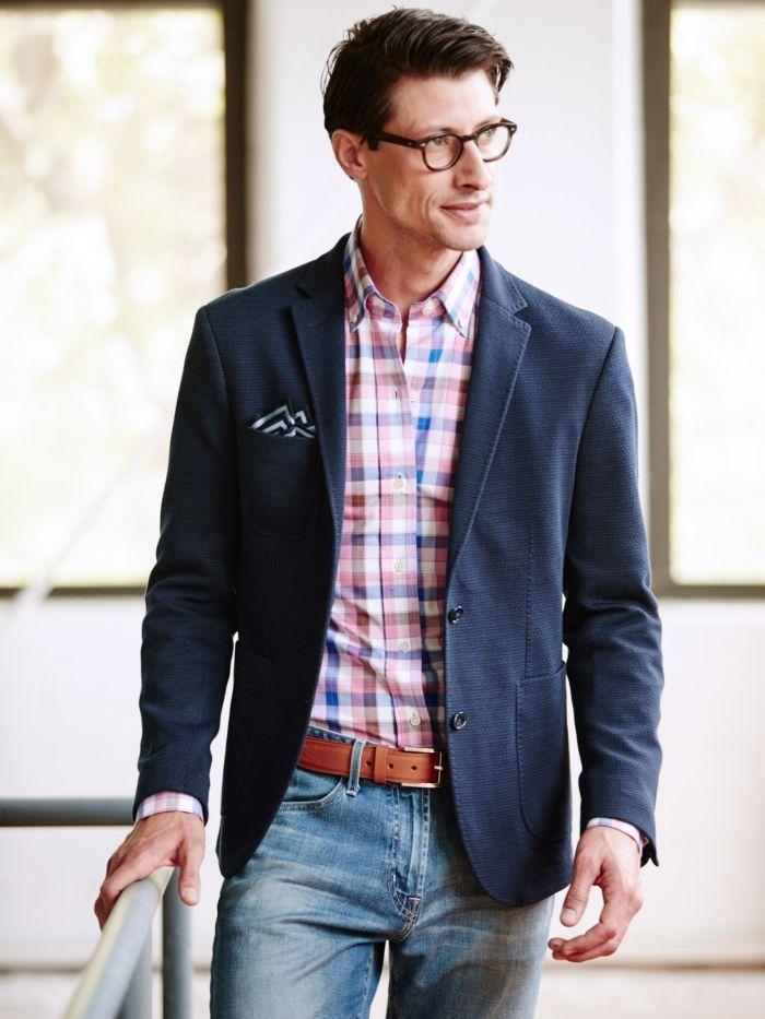 737dff411fc dezenter stil elegant und etwas ausgefallen jeans gürtel rosa kariertes hemd  blazer brille mann